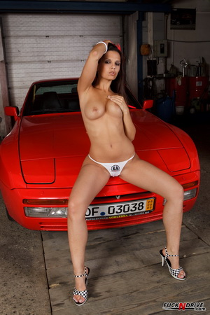 You've got to watch this if you wonder what such a hot girl can do all alone in the garage